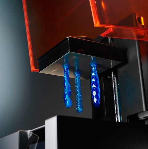 Gillette печатает ручки на SLA 3d принтере