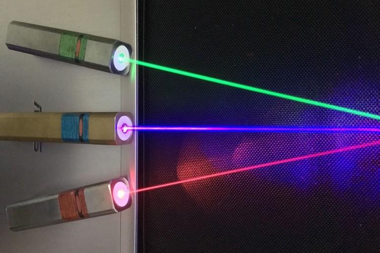 безопасность при использовании лазера